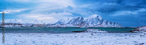 Staande foto Noord Europa Winter Norway lake