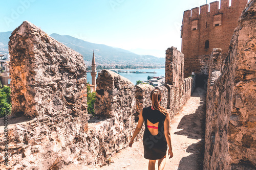 Photo Traveler exploring the city of Alanya in Turkey