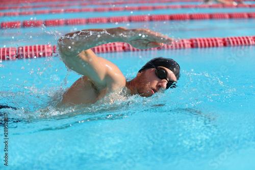 Swim triathlon competition training man athlete swimmer in outdoor lane swimming Canvas-taulu