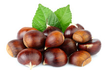 Chestnuts With Chestnut Leafs ...