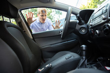Man Forgot His Key Inside Car