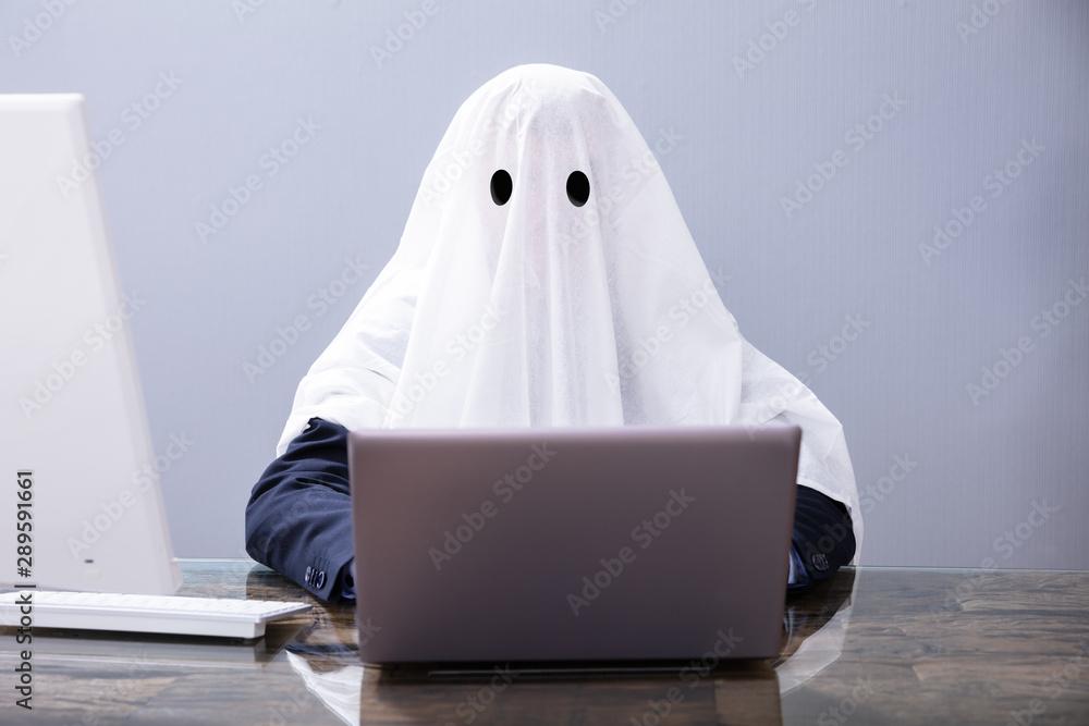 Fototapeta Ghostwriter Writing Article On Laptop