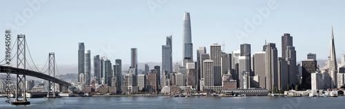 San Francisco skyline © gdvcom