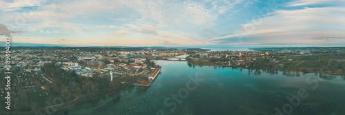 Slika na platnu Panorama Anblick auf den Rhein in Konstanz am Bodensee
