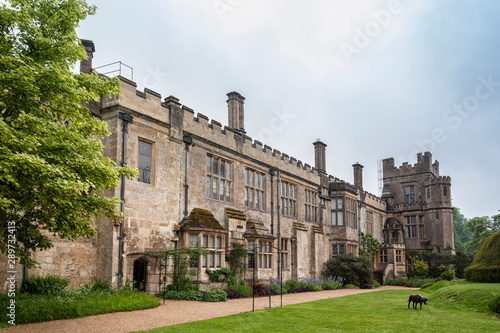 Photo SUDELEY CASTLE, WINCHCOMBE, GLOUCESTERSHIRE, ENGLAND - MAY, 26 2018: 16th centur