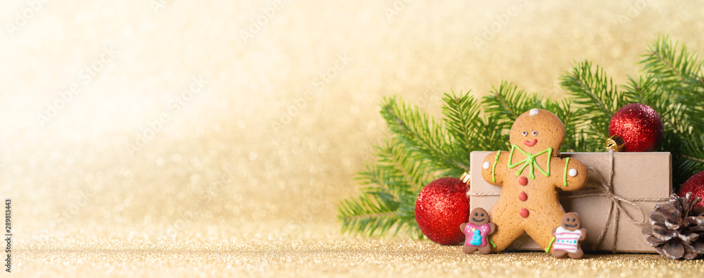 Fototapety, obrazy: Christmas gift box and decor