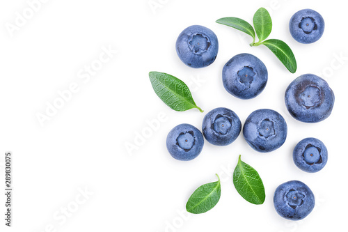 Billede på lærred fresh ripe blueberry with leaf isolated on white background with copy space for your text
