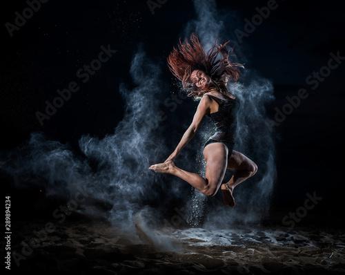 baletnica-w-czarnym-body