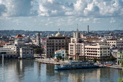 Foto auf Gartenposter Stadt am Wasser Havana cityscape view