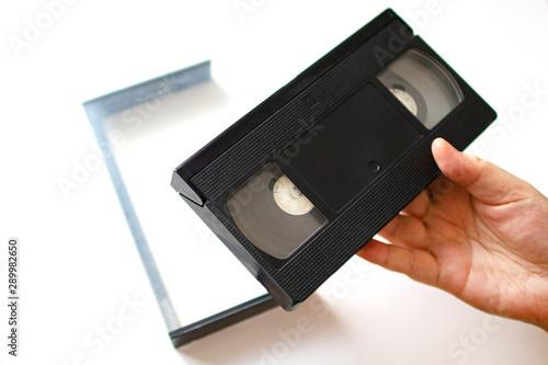 Valokuvatapetti ビデオテープを持つ