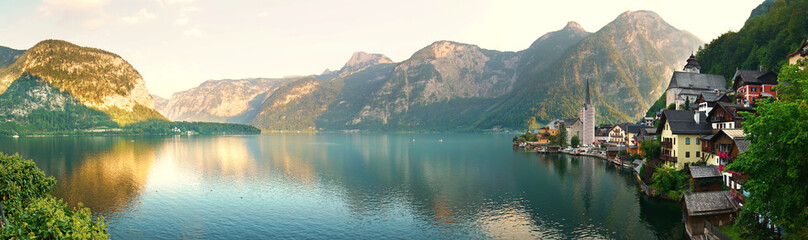Fototapeta na wymiar Hallstätter See
