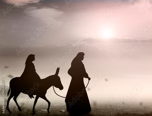 Fotografia, Obraz Christmas religious nativity concept: Silhouette pregnant Mary and Joseph with a