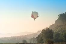 A Hot Air Balloon Starts Its F...
