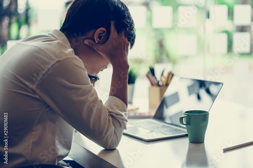 Confused businessman with stressed and worried about  working mistake and problems Canvas-taulu