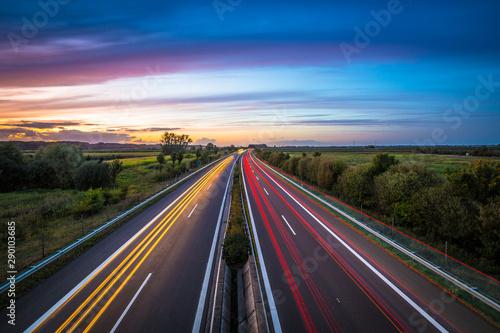 Fotomural Autobahn am Abend