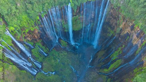 Foto auf AluDibond Olivgrun Tumpak Sewu Waterfall ,Lumajang, Jawa, Indonesia. Beautiful natural scenery. Aerial view and top view.