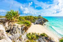 Mayan Ruins Of Tulum At Tropical Coast. God Of Winds Temple At Paradise Beach. Mayan Ruins Of Tulum, Quintana Roo, Mexico.