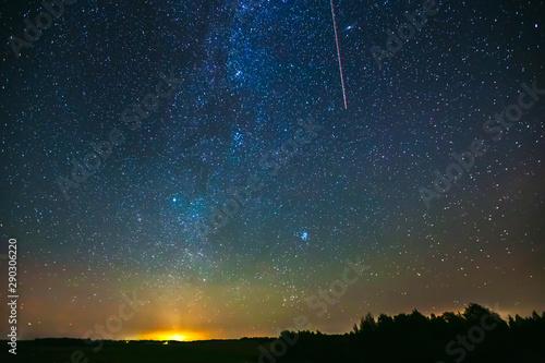 Photo sur Aluminium Aurore polaire Starry sky with light Aurora borealis lights
