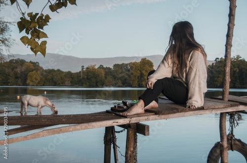 Photo A veces la solución no está en el agua sino en quien se refleja en ella