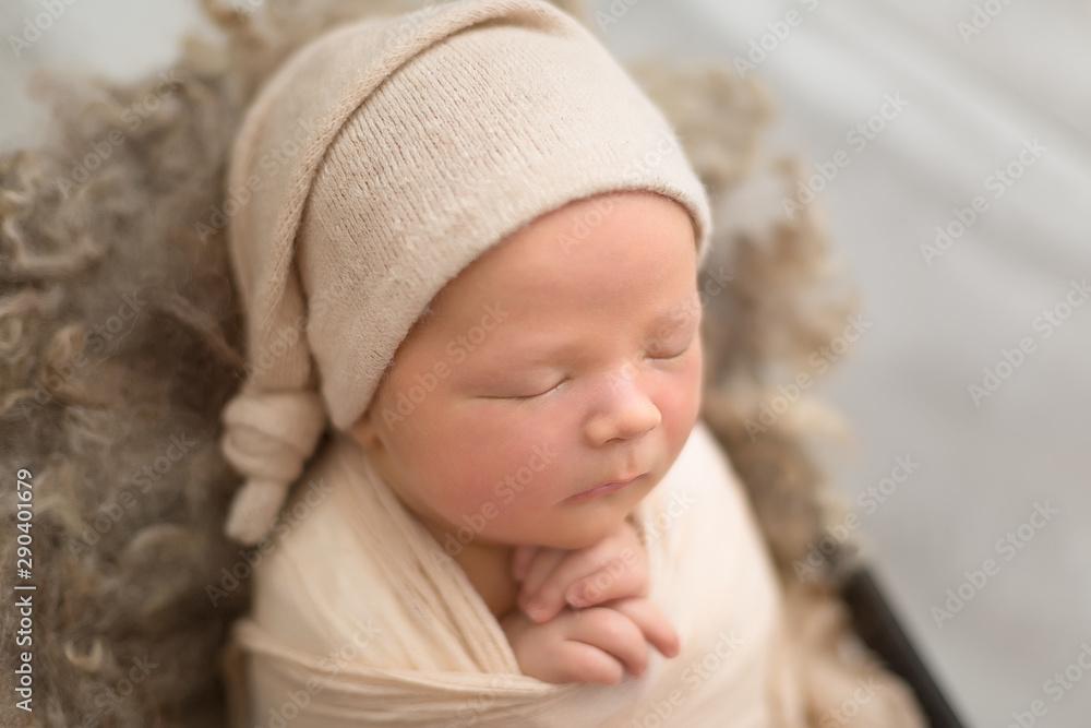 Fototapety, obrazy: first photo shoot. newborn child. newborn boy