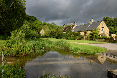 Upper Slaughter ford over the River Eye in morning sun Cotswold District Glouces Fototapet