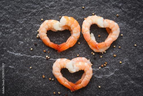 Seafood shrimps heart shape - Cooked shrimp prawns on dark background - valentin Wallpaper Mural