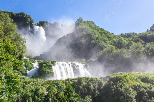 Photo sur Aluminium Olive View of the Cascata delle Marmore, in Italy