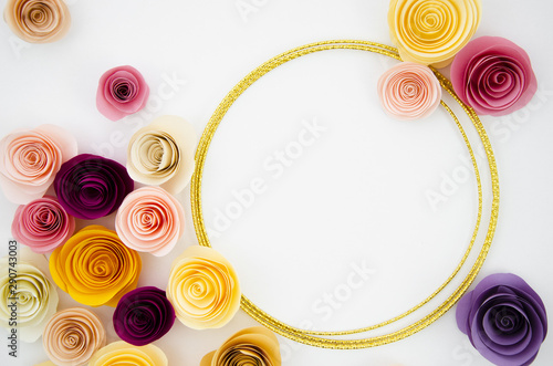 Canvastavla  Top view white background with paper flowers frame