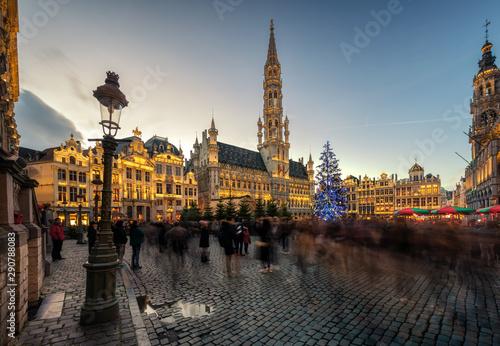 Photo sur Aluminium Bruxelles Grote Markt, Grand-Place square Brussel, Belgium during sunset