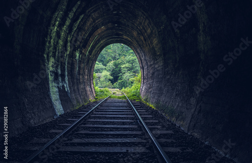 Foto Demodara railway tunnel, Ella, Sri Lanka