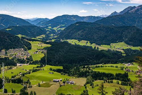 Beautiful alpine view at Annaberg, Lammertal, Salzburg, Austria Fototapet