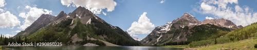 Valokuvatapetti Crater Lake Extra-Long Panoramic