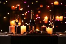 Romantic Dinner Table Setting ...