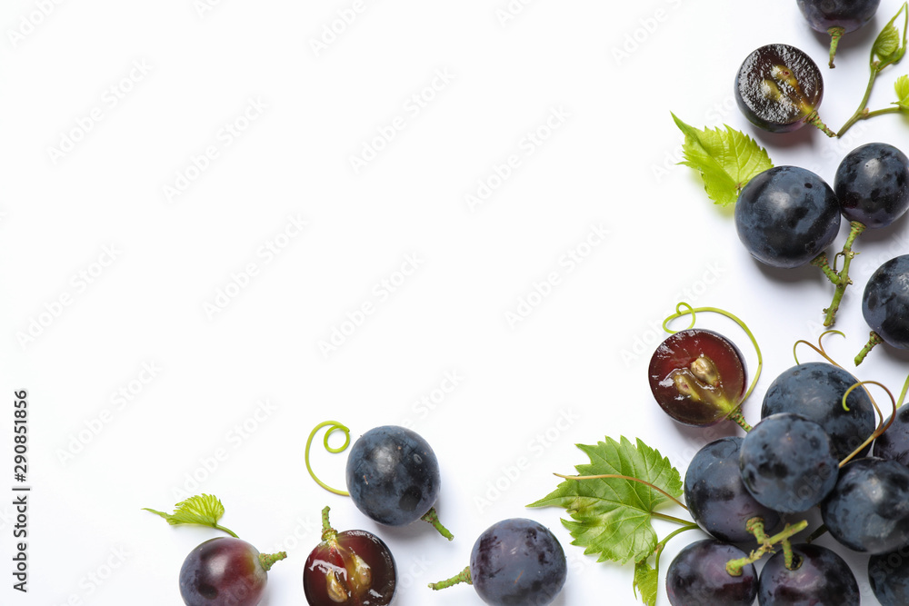 Fototapety, obrazy: Fresh ripe juicy grapes on white background, top view
