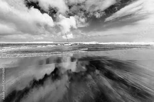 Photo Voilier en perdition, tempête