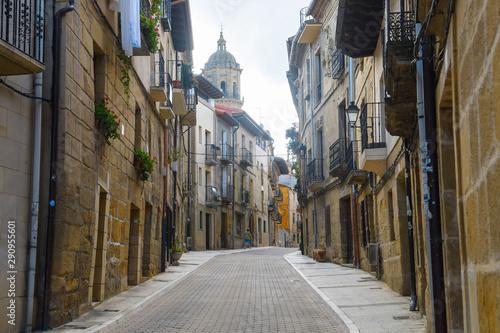 Fotografia  peaceful town of la rioja, Spain