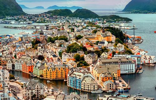Obraz Alesund port, Norwegia - fototapety do salonu
