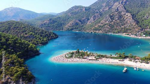 Poster Kust Oludeniz Blue Lagoon. Oludeniz is a amazing beach on the southwest coast of Turkey.