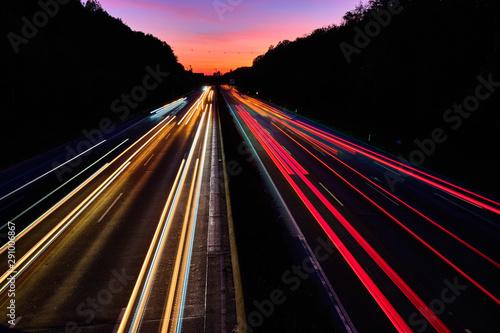 Auto Lichtspuren Tapéta, Fotótapéta