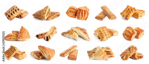 Poster Brood Set of fresh delicious puff pastries on white background