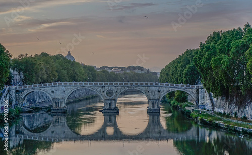 Tuinposter Historisch mon. Sunset View over Rome