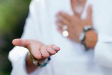 Giving Ability Meditation, Hands Gesture