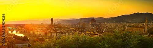 Obraz na plátně Beautiful Panorama of Florence, Firenze in Italy, the Tuscany city of Renaissance, Medieval History, Art and Discovery
