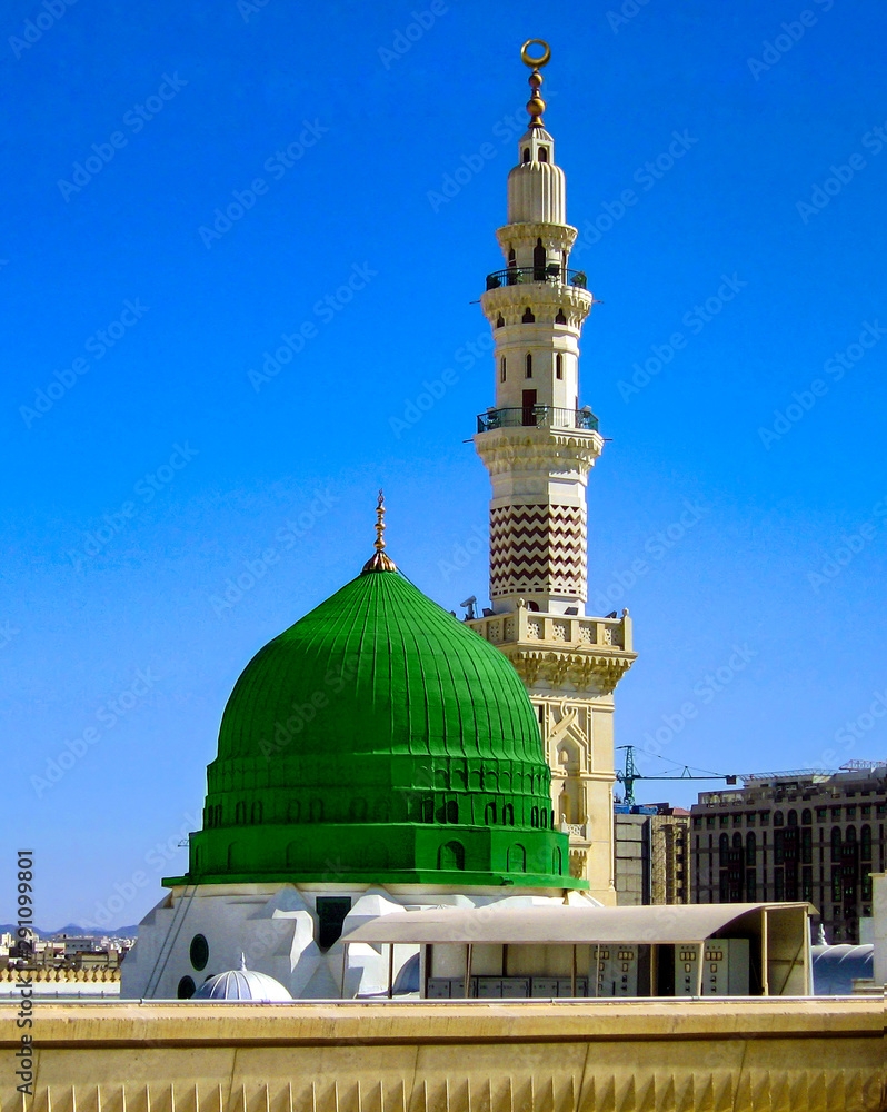 Fototapety, obrazy: The green dome of prophet muhmamad mosque. masjid un nabawi