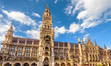 Rathaus Or Town Hall On Marienplatz Square, Munich, Bavaria, Germany. It Is A Famous Tourist Attraction Of City. Old Gothic Architecture Of Munich. Panorama Of Ornate Landmark Of Munich In Summer.