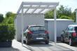 Neuer Carport an einem Wohnhaus