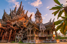 Thailand. Fragment Of The Temple Of Truth In Pattaya. A Huge Wooden Temple With Carved Decorations. Buddhist Temple. Religious Building In Pattaya. Tourist Attraction Of Thailand.