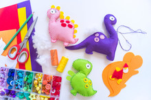 Craft From Felt Instruction For Creating A Dinosaur Toy