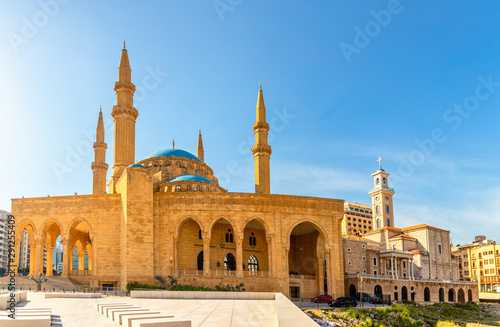 Papel de parede  Mohammad Al-Amin Mosque and Saint Georges Maronite cathedral in the center of Be