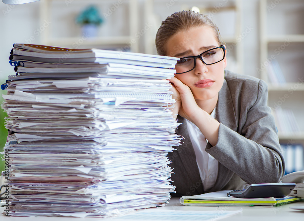 Fototapety, obrazy: Female businesswoman boss accountant working in the office